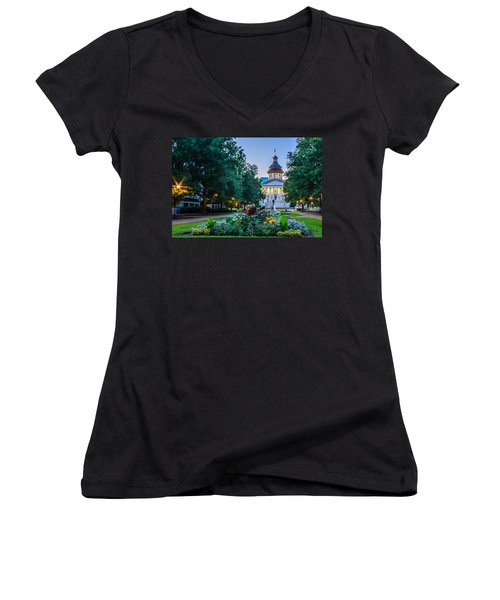 State House Garden Women's V-Neck (Athletic Fit)