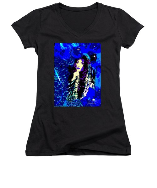 Stevie Nicks In Blue Women's V-Neck T-Shirt (Junior Cut) by Alys Caviness-Gober