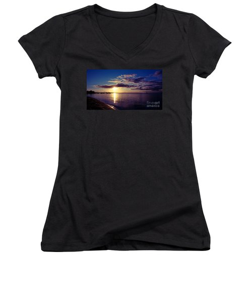 Sunset At Monkey Mia Women's V-Neck (Athletic Fit)