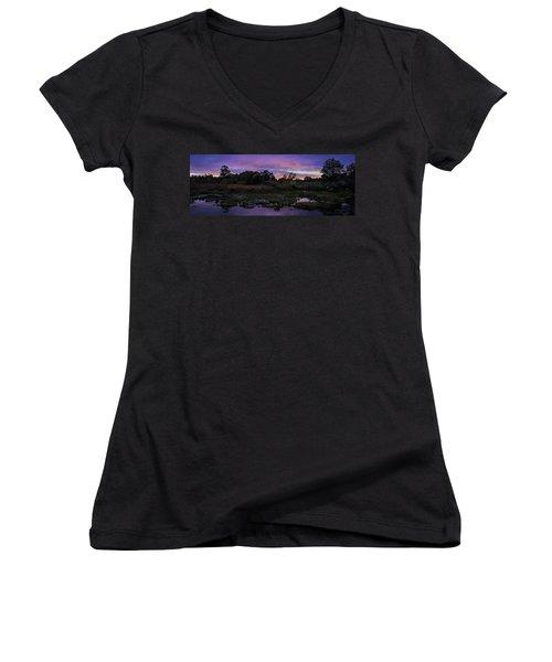 Sunset In Purple Along Highway 7 Women's V-Neck T-Shirt (Junior Cut) by Peter v Quenter