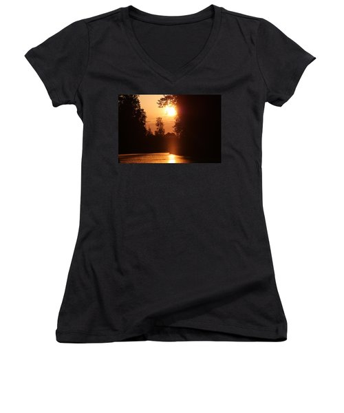 Sunset Over The Canals Women's V-Neck T-Shirt (Junior Cut) by Rogerio Mariani