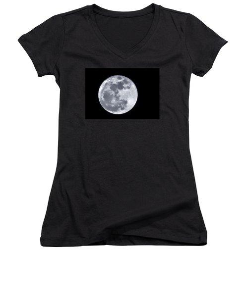 Super Moon Over Arizona  Women's V-Neck T-Shirt