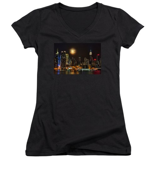 Super Moon Over Nyc Women's V-Neck T-Shirt (Junior Cut) by Susan Candelario