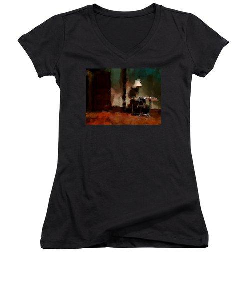 Table Lamp Chair Women's V-Neck T-Shirt