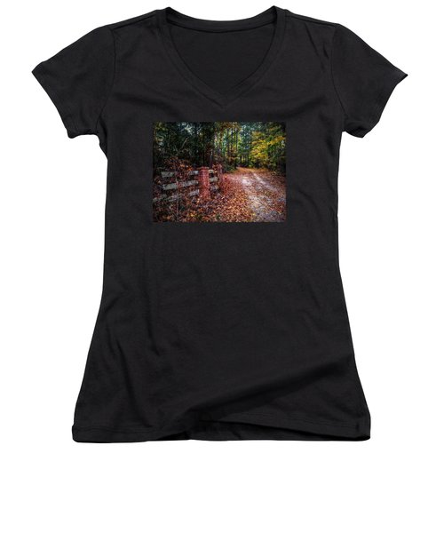 Texas Piney Woods Women's V-Neck T-Shirt