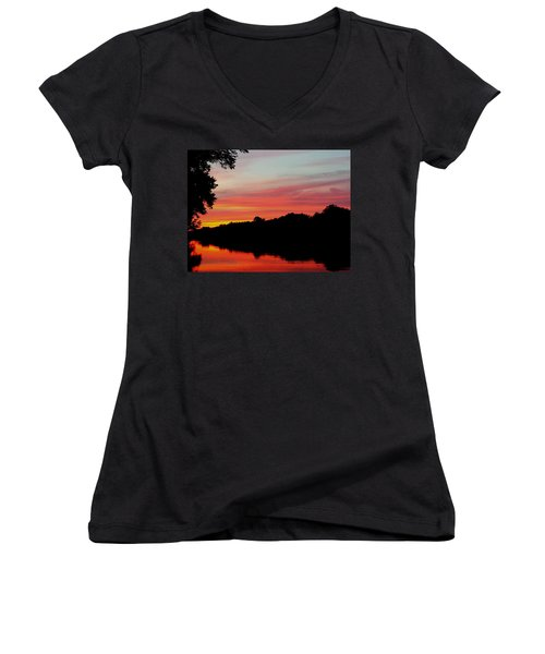 Women's V-Neck T-Shirt (Junior Cut) featuring the photograph The Cumberland At Sunset by Chris Tarpening