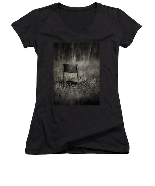 The Listening Wind  Women's V-Neck T-Shirt