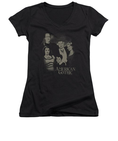 The Munsters - American Gothic Women's V-Neck T-Shirt