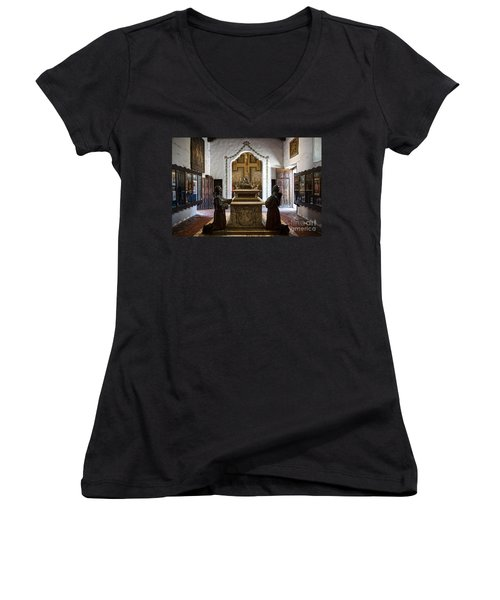 The Serra Cenotaph In Carmel Mission Women's V-Neck T-Shirt (Junior Cut) by RicardMN Photography
