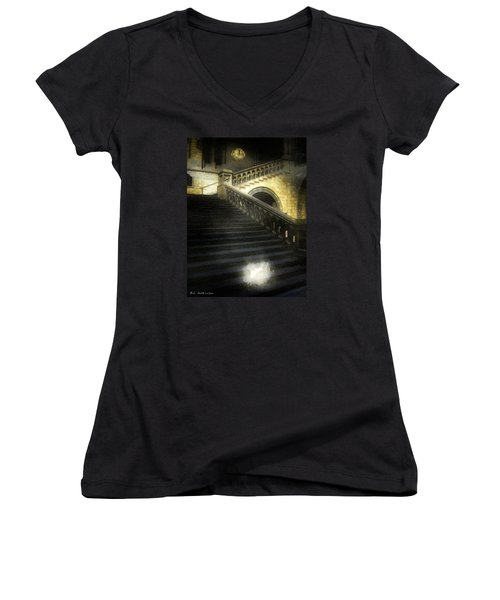 The Shoe Forgotten Women's V-Neck