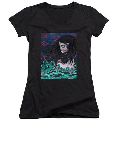 The Swan Women's V-Neck T-Shirt