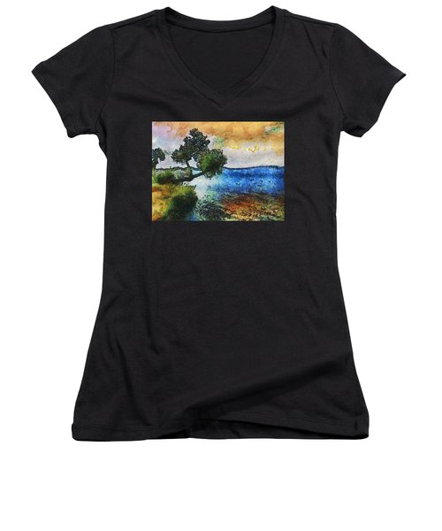 Time Well Spent - Medina Lake Women's V-Neck T-Shirt