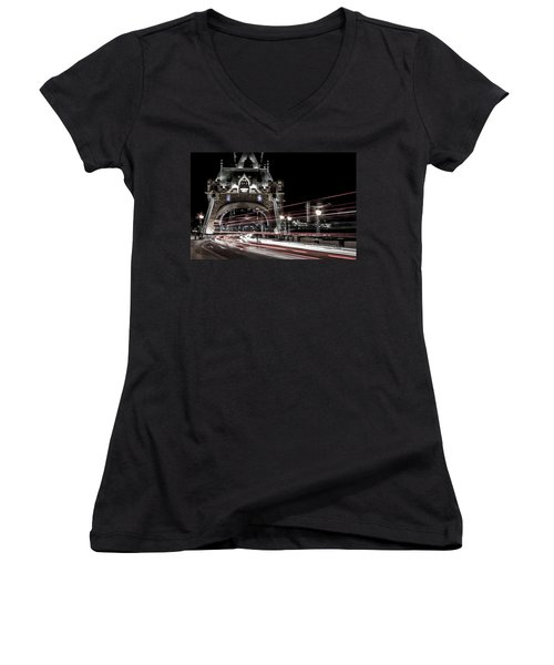 Tower Bridge London Women's V-Neck T-Shirt