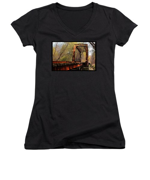 Train Trestle   Women's V-Neck T-Shirt (Junior Cut)