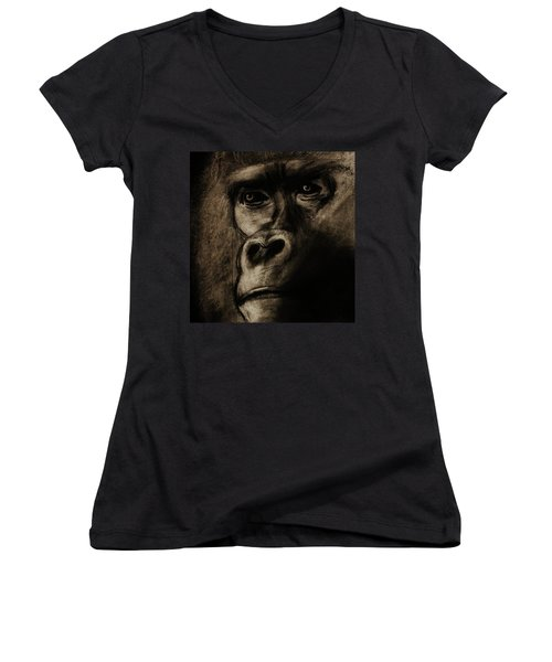Understanding Women's V-Neck T-Shirt