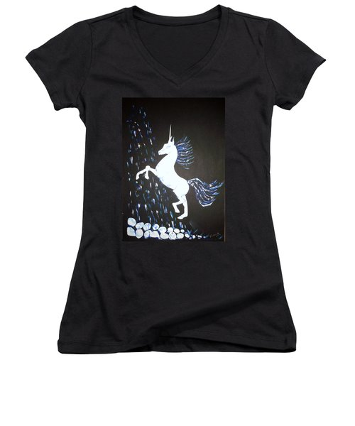 Unicorn Takes A Shower Women's V-Neck T-Shirt