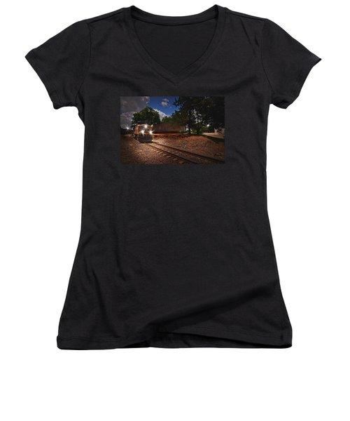 Union Pacific 7917 Train Women's V-Neck T-Shirt (Junior Cut)