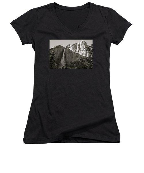 Upper Yosemite Falls Composition In Triangles Women's V-Neck