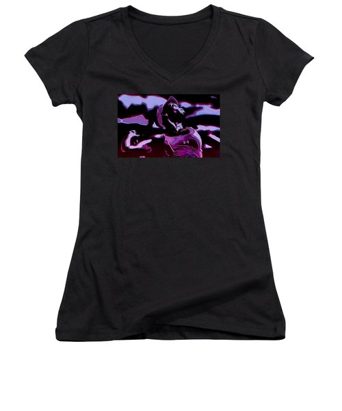 Venus Williams Queen V Women's V-Neck T-Shirt (Junior Cut) by Brian Reaves