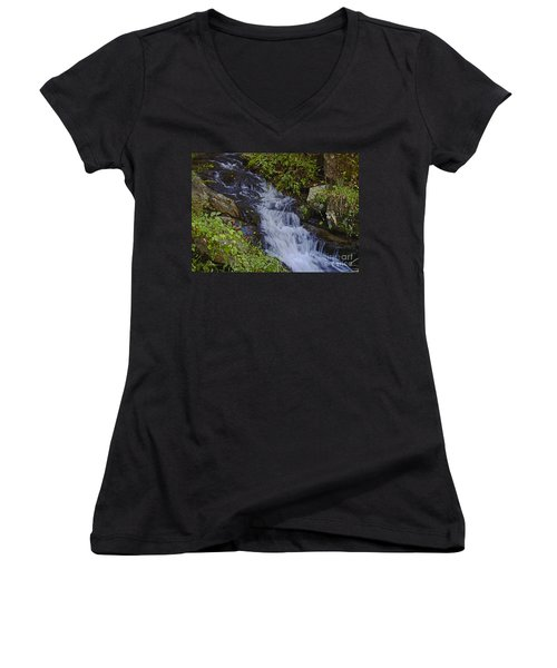 Water Falling Women's V-Neck T-Shirt
