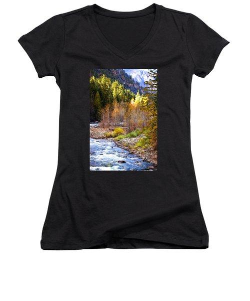 Wenatchee River - Leavenworth - Washington Women's V-Neck T-Shirt