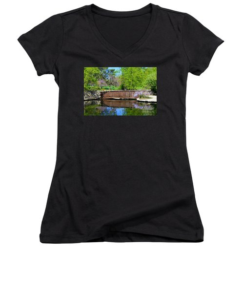 Wisteria In Bloom At Loose Park Bridge Women's V-Neck T-Shirt