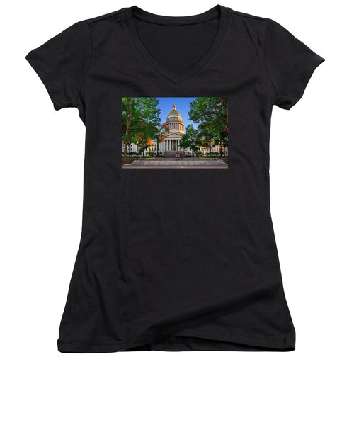 Wv Capitol As Dusk Women's V-Neck T-Shirt