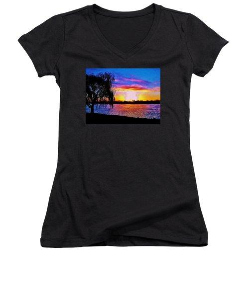 Wyandotte Mi Sunrise Women's V-Neck T-Shirt (Junior Cut) by Daniel Thompson