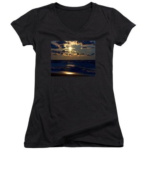 Sunset Over The City Women's V-Neck T-Shirt