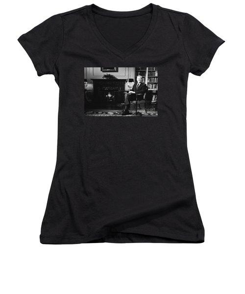 Jimmy Carter (1924- ) Women's V-Neck T-Shirt (Junior Cut) by Granger