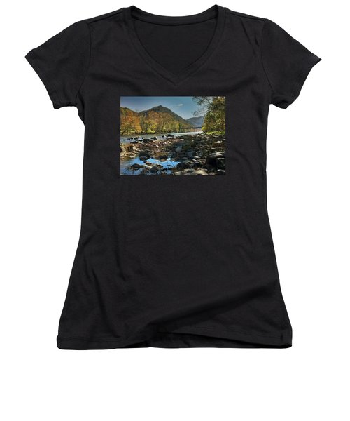 Beautiful Mountaina Women's V-Neck T-Shirt