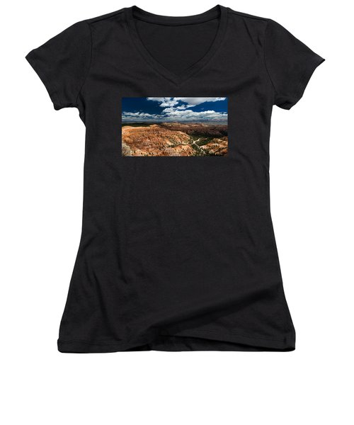 Bryce Canyon Ampitheater Women's V-Neck T-Shirt (Junior Cut) by Larry Carr