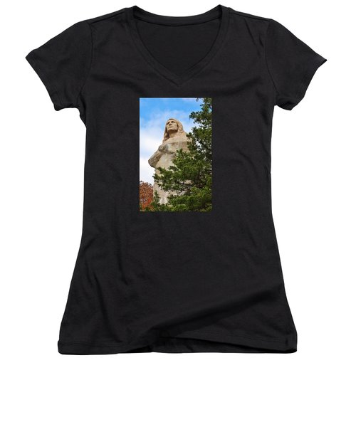 Chief Blackhawk Statue Women's V-Neck T-Shirt (Junior Cut) by Bruce Bley