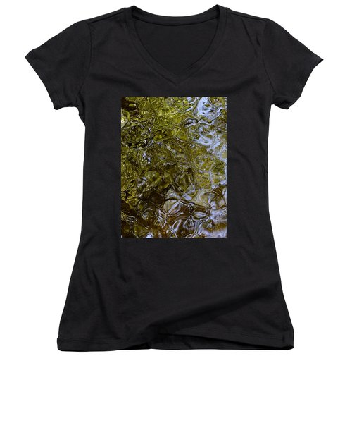 Green Dream Women's V-Neck
