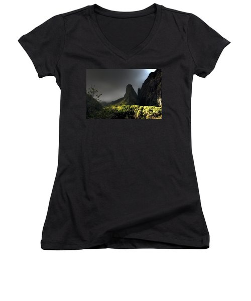 Iao Mountains Women's V-Neck (Athletic Fit)