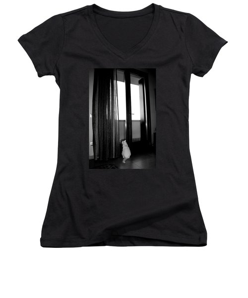 Let Me Go Women's V-Neck T-Shirt