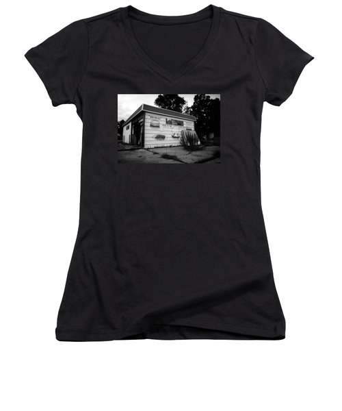 Ma Deas Soul Food Grill Women's V-Neck T-Shirt