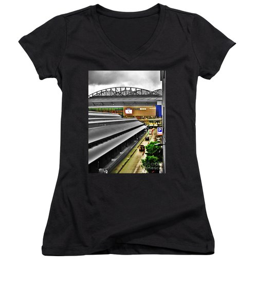 Women's V-Neck T-Shirt (Junior Cut) featuring the photograph Melbourne Docklands by Blair Stuart