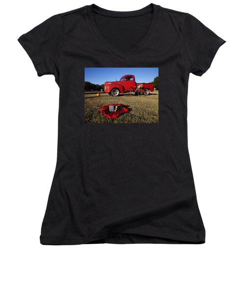 Picnic Time  Women's V-Neck (Athletic Fit)