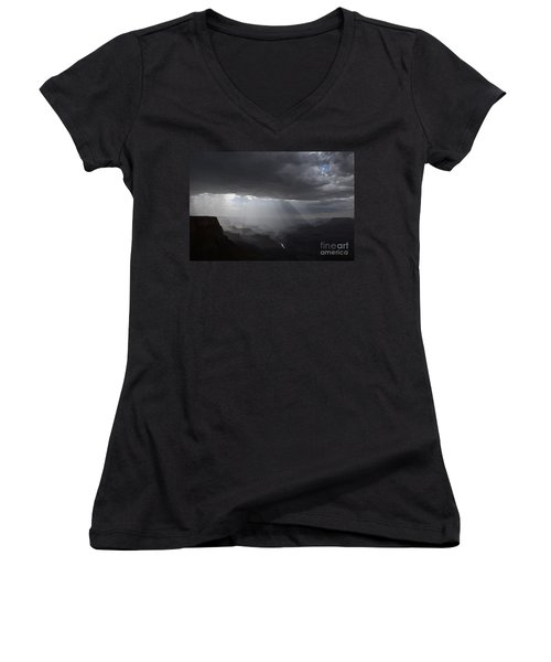 Rays In The Canyon Women's V-Neck T-Shirt