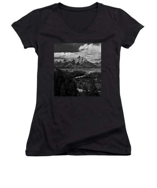 The Tetons - Il Bw Women's V-Neck T-Shirt (Junior Cut) by Larry Carr