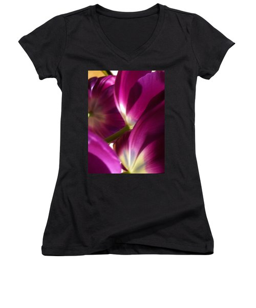 Tulip Weave Women's V-Neck (Athletic Fit)