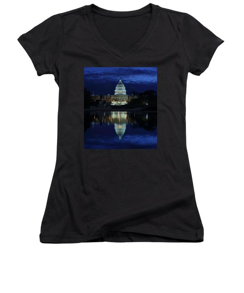 Us Capitol - Pre-dawn Getting Ready Women's V-Neck