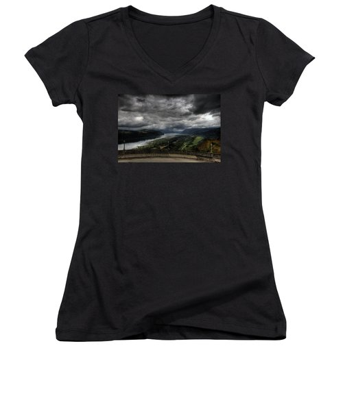 Vista House View Women's V-Neck (Athletic Fit)