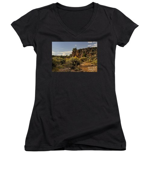 Women's V-Neck featuring the photograph Westward Across The Mesa by Ron Cline