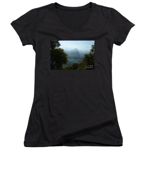 Yosemite Falls Hike Women's V-Neck T-Shirt