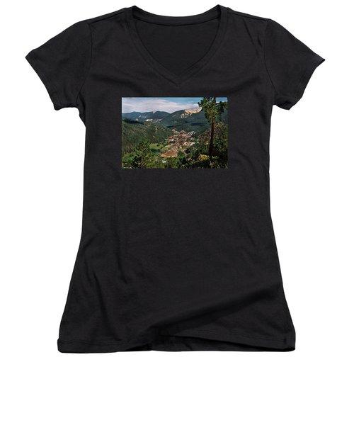 Red River At Sunrise Women's V-Neck T-Shirt