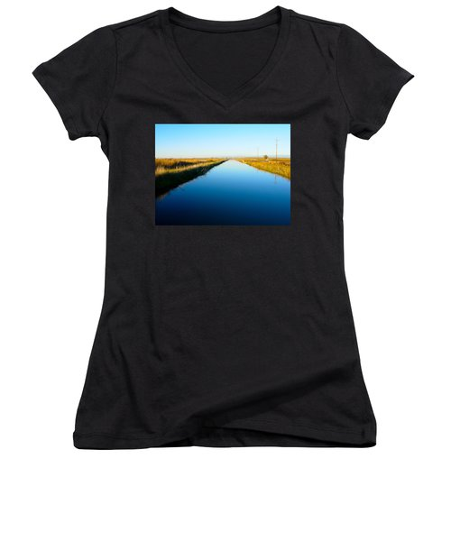 Biggs Canal Women's V-Neck T-Shirt