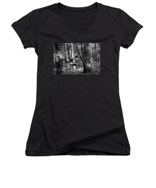 Crow On A Table Women's V-Neck T-Shirt (Junior Cut)