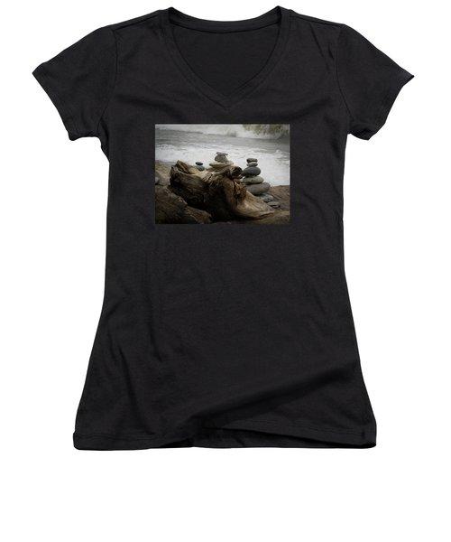 Driftwood Cairns Women's V-Neck T-Shirt